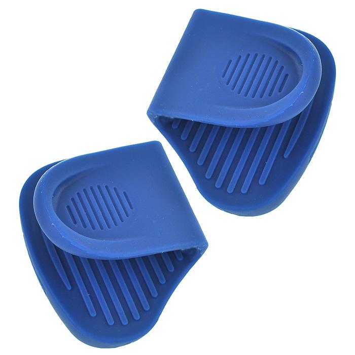 Набор прихваток Frybest, цвет: синий SG002AMC-00070Набор прихваток Frybest, изготовленных из термостойкого прочного силикона синего цвета, выполнен в ярком дизайне. Эргономичная форма и рифленая поверхность позволяют без труда переносить горячую посуду. Приятные на ощупь, гигиеничные, прихватки выдерживают большой перепад температур от -40°С до 250°С. Легко моются в посудомоечной машине. С помощью такого набора ваши руки будут защищены, когда вы будете ставить или доставать выпечку. Характеристики:Материал: силикон. Цвет: синий. Размер прихватки: 6,5 см х 7,5 см. Комплектация:2 шт. Размер упаковки:7,5 см х 3 см х 8 см. Производитель: Корея. Изготовитель: Китай. Артикул:SG002.