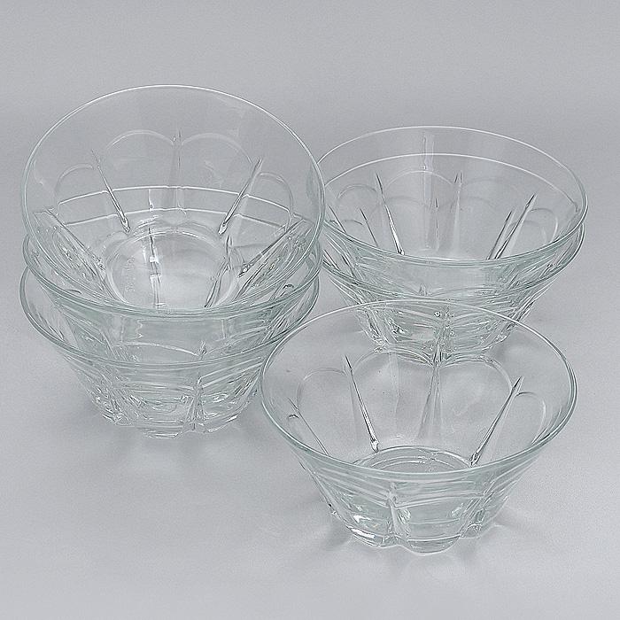 Набор салатников Pera, диаметр 13 см, 6 шт115510Набор Pera, выполненный из высококачественного стекла, состоит из шести салатников круглой формы. Салатники оформлены изящными гранями. Они прекрасно подойдут для сервировки стола и станут достойным оформлением для ваших любимых блюд. Изящный дизайн, высокое качество и функциональность набора Pera позволят ему стать достойным дополнением к вашему кухонному инвентарю. Характеристики:Материал: натрий-кальций-силикатное стекло. Комплектация:6 шт. Диаметр салатника по верхнему краю:13 см. Высота салатника:6 см. Размер упаковки:40 см х 26,5 см х 7,5 см. Артикул:53883.