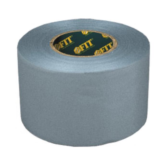 Скотч сантехнический для труб FIT, 5 х 330 см2615042132Скотч сантехнический FIT представляет собой упаковочную липкую ленту на тканевой основе, покрытой полиэтиленом с внешней стороны, а ее внутренняя сторона промазана белым клеем на основе каучука. Применяется для: проведения сантехнических и изоляционных работ; герметизации швов и трубной теплоизоляции; обмотки поврежденных труб; устранении протечек. Характеристики: Материал: ПВХ. Размер скотча: 330 см x 0,013 см x 5 см. Размер упаковки: 8 см x 8 см x 5 см.