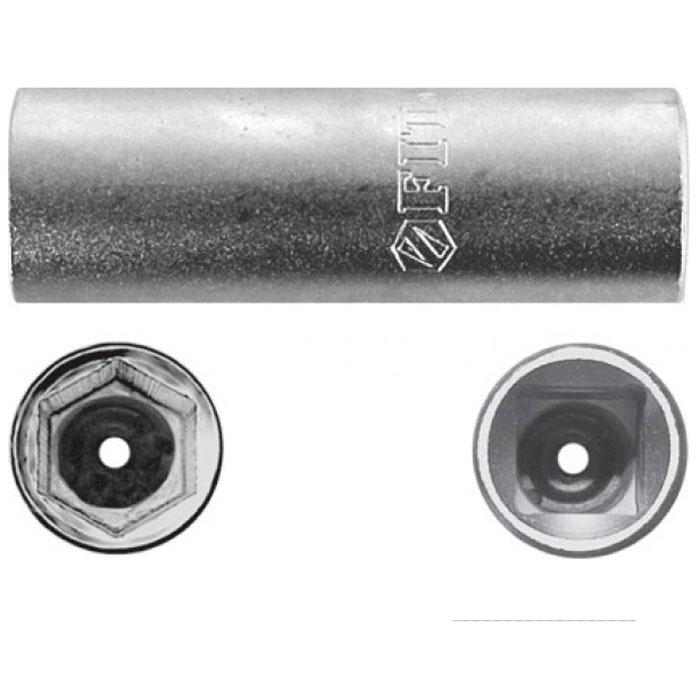 Головка свечная FIT, CrV 1/2 х 21 мм. 626682706 (ПО)Свечная головка FIT предназначена для монтажа/демонтажа свечей зажигания двигателя внутреннего сгорания с помощью ручного инструмента. Выполнена из качественной хром-ванадиевой стали, что делает ее устойчивой к коррозии и износу. Изделие обладает большим рабочим ресурсом и выдерживает интенсивные нагрузки, поэтому его широко используют и в автосервисах. Характеристики: Материал: сталь. Диаметр головки: 21 мм. Размер головки: 6,5 см x 2,5 см x 2,5 см. Размер упаковки:13 см х 4,5 см х 2,5 см.