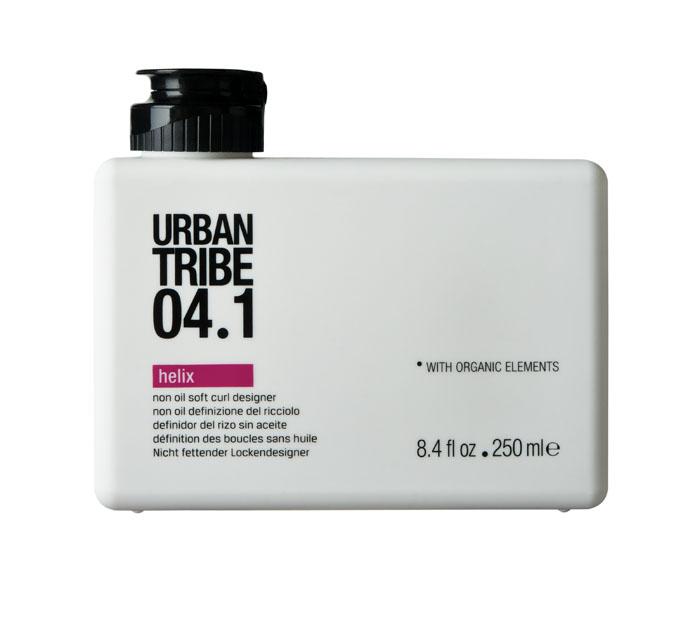 Urban Tribe Гель Helix для укладки вьющихся волос, 250 млCL211001Гель Urban Tribe Helix для укладки вьющихся волоспридает густоту, эластичность и форму всем типам волос. Особенно подходит для волос с химической завивкой и вьющихся волос.Делает волосы послушными, блестящими и здоровыми. Катионный полимер с антистатическим действием ухаживает за локонами. Фиксирующий полимер создает эффект покрытия волос для более длительного сохранения укладки. Катионный кондиционер нового поколения позволяет легко расчесывать волосы, не утяжеляя их. Пантенол и сок алоэ вера оказывают увлажняющее и успокаивающее действие. Органические, эко-сертифицированные элементы оказывают увлажняющее, ухаживающее и антиоксидантное действие. Характеристики:Объем: 250 мл. Производитель: Италия. Товар сертифицирован.