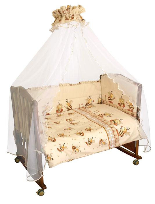 Комплект в кроватку Пчелки, цвет: бежевый, 7 предметов140р-70ХККомплект в кроватку Пчелки прекрасно подойдет для кроватки вашего малыша, добавит комнате уюта и согреет в прохладные дни. В качестве материала верха использован натуральный хлопок безупречной выделки с авторским рисунком, мягкая ткань не раздражает чувствительную и нежную кожу ребенка и хорошо вентилируется. Деликатные швы рассчитаны на прикосновение к нежной коже ребенка. Бампер, подушка и одеяло наполнены холлконом - экологически безопасным гипоаллергенным синтетическим материалом, обладающим высокими теплозащитными свойствами. Элементы комплекта оформлены изображениями симпатичных пчелок. Комплект состоит из:бампера с несъемными чехлами,балдахина с сеткой,подушки с клапаном,одеяла,пододеяльника,наволочки,простыни.Для производства изделий Сонный гномик используются только высококачественные ткани ведущих мировых производителей. Благодаря особым технологиям сбора и переработки хлопка сохраняется естественная природная структура волокна.Характеристики:Материал: бязь, 100% хлопок. Наполнитель бампера, подушки и одеяла: холлкон 100% полиэстер. Материал балдахина: сетка 100% полиэстер. Размер одеяла: 140 см х 110 см. Размер бампера: 360 см х 50 см. Размер балдахина: 450 см х 175 см. Размер подушки: 60 см х 40 см. Размер пододеяльника: 144 см х 108 см. Размер наволочки: 60 см х 40 см. Размер простыни: 140 см х 100 см.