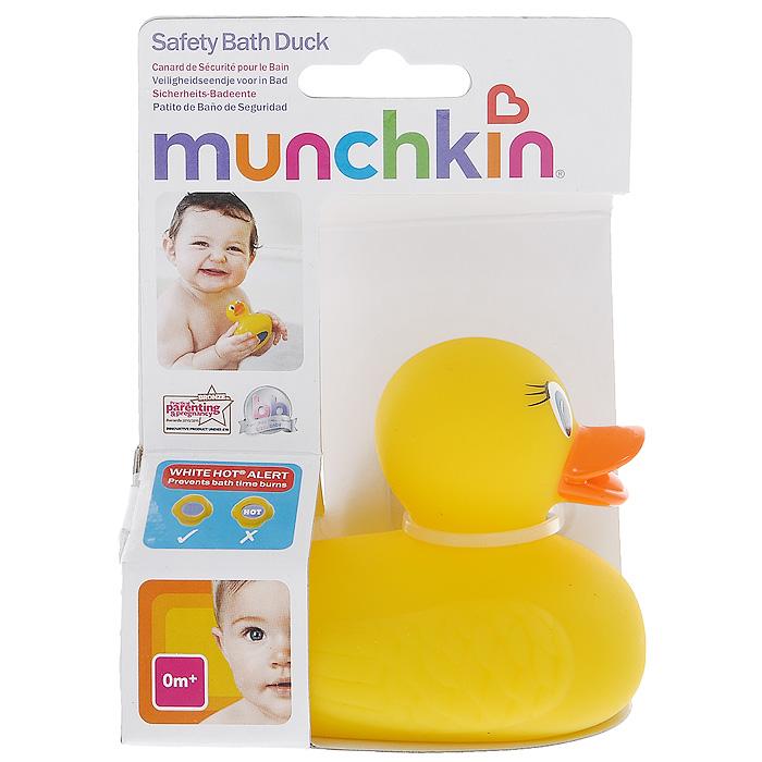 """Игрушка для ванны Munchkin """"Уточка"""" понравится вашему ребенку и превратит купание в веселую игру! Игрушка выполнена из безопасного материала в виде желтой уточки. Игрушка снабжена специальным индикатором температуры воды. Если вода окажется слишком горячей, надпись HOT (горячо) на синем фоне станет белой. Игрушка """"Уточка"""" способствует развитию у малыша воображения, цветового восприятия, тактильных ощущений и мелкой моторики рук. Кредо Munchkin, американской компании с 20-летней историей: избавить мир от надоевших и прозаических товаров, искать умные инновационные решения, которые превращает обыденные задачи в опыт, приносящий удовольствие. Понимая, что наибольшее значение в быту имеют именно мелочи, компания создает уникальные товары, которые помогают поддерживать порядок, организовывать пространство, облегчают уход за детьми - недаром компания имеет уже более 140 патентов и изобретений, используемых в создании ее неповторимой и оригинальной продукции. Munchkin..."""