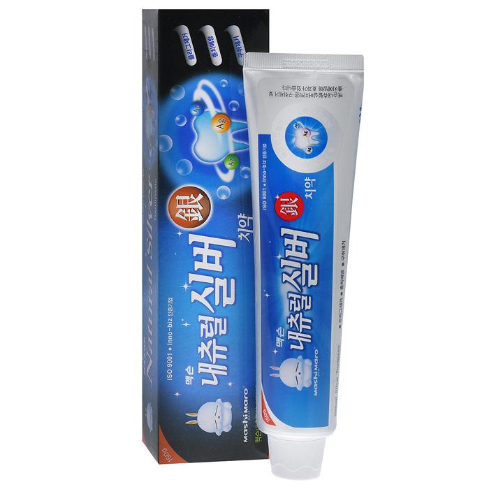 EQ MaxON Зубная паста–гель, с натуральным серебром, 150 г26102025Антибактериальная паста-гель с крупинками серебра (99.9% чистоты) - это комплексный уход за зубами и деснами. Паста отлично устраняет неприятный запах изо рта, удаляет зубной налет, предупреждает кариес, укрепляет десны. Серебро - прекрасный природный антисептик - препятствует развитию микроорганизмов, вызывающих кариес и заболевания пародонта.Экстракт прополиса обладает ярко выраженным антибактериальным действием. Экстракт лакричника защищает зубы от кариеса.Обладает свежим ароматом мяты. Характеристики:Вес: 150 г. Артикул: 166173. Товар сертифицирован.