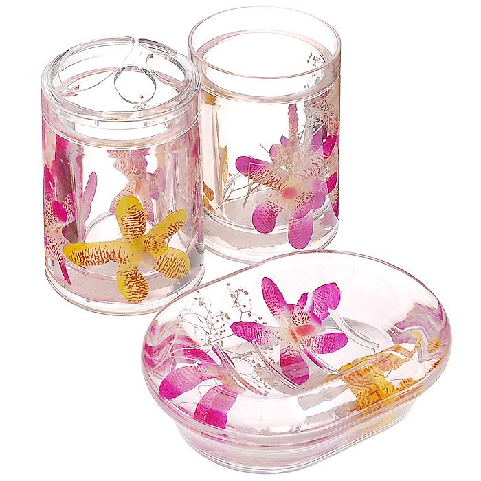 Набор гелевых аксессуаров для ванной комнаты Орхидея, 3 предмета68/5/3Набор аксессуаров для ванной комнаты Орхидея состоит из стакана, мыльницы и стакана для зубных щеток. Предметы набора выполнены из прозрачного пластика. Внутри - гелевый наполнитель с розовыми и желтыми цветками орхидей. Набор Орхидея создаст особую атмосферу уюта и максимального комфорта в ванной. Характеристики:Материал: пластик, акрил, гелевый наполнитель. Размер мыльницы: 13,5 см х 10 см х 3 см. Диаметр стакана для зубных щеток (по верхнему краю): 7 см. Высота стакана для зубных щеток: 12,5 см. Диаметр стакана по верхнему краю: 7 см. Высота стакана: 10,5 см. Производитель: Швеция. Размер упаковки: 23 см х 8 см х 14 см. Артикул: 337-00.