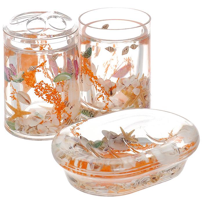 Набор гелевых аксессуаров для ванной комнаты Морское дно, 3 предмета1004900000360Набор аксессуаров для ванной комнаты Морское дно состоит из стакана, мыльницы и стакана для зубных щеток. Предметы набора выполнены из прозрачного пластика. Внутри - гелевый наполнитель с оранжевыми веточками, ракушками и морскими звездами. Набор Морское дно создаст особую атмосферу уюта и максимального комфорта в ванной. Характеристики:Материал: пластик, акрил, гелевый наполнитель. Размер мыльницы: 13,5 см х 10 см х 3 см. Диаметр стакана для зубных щеток (по верхнему краю): 7 см. Высота стакана для зубных щеток: 12,5 см. Диаметр стакана по верхнему краю: 7 см. Высота стакана: 10,5 см. Производитель: Швеция. Размер упаковки: 23 см х 8 см х 14 см. Артикул: 339-00.