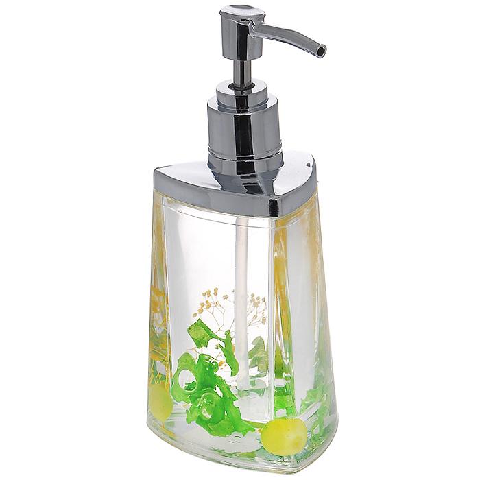 Дозатор для жидкого мыла Green Garden68/5/1Дозатор для жидкого мыла Green Garden, изготовленный из прозрачного пластика, отлично подойдет для вашей ванной комнаты. Дозатор имеет двойные стенки, между которыми находится прозрачный гелевый наполнитель с зелеными листьями, ягодами и желтыми веточками. Такой аксессуар очень удобен в использовании, достаточно лишь перелить жидкое мыло в дозатор, а когда необходимо использование мыла, легким нажатием выдавить нужное количество. Дозатор для жидкого мыла Green Garden создаст особую атмосферу уюта и максимального комфорта в ванной. Характеристики: Материал: пластик, акрил, гелевый наполнитель. Цвет: зеленый, салатовый, желтый. Размер дозатора: 7,5 см х 7,5 см х 17 см. Производитель: Швеция. Изготовитель: Китай. Размер упаковки: 8,5 см х 8,5 см х 17,5 см. Артикул: 877-54.