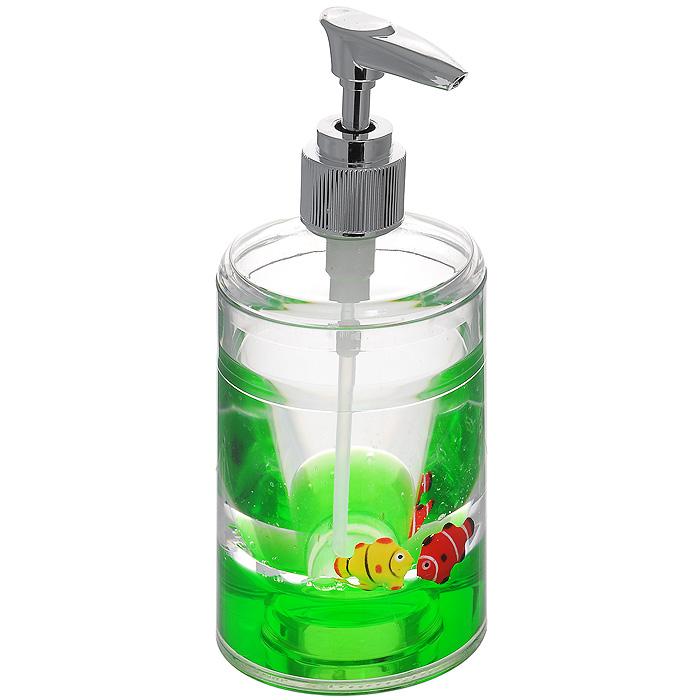 Дозатор для жидкого мыла Рыбки, цвет: зеленый17003Дозатор для жидкого мыла Рыбки, изготовленный из прозрачного пластика, отлично подойдет для вашей ванной комнаты. Дозатор имеет двойные стенки, между которыми находится зеленый гелевый наполнитель с рыбками желтого и красного цветов. Такой аксессуар очень удобен в использовании, достаточно лишь перелить жидкое мыло в дозатор, а когда необходимо использование мыла, легким нажатием выдавить нужное количество. Дозатор для жидкого мыла Рыбки создаст особую атмосферу уюта и максимального комфорта в ванной. Характеристики: Материал: пластик, акрил, гелевый наполнитель. Цвет: зеленый, желтый, красный. Размер дозатора: 8 см х 8 см х 17 см. Производитель: Швеция. Изготовитель: Китай. Размер упаковки: 8 см х 8 см х 17,5 см. Артикул: 870-55.