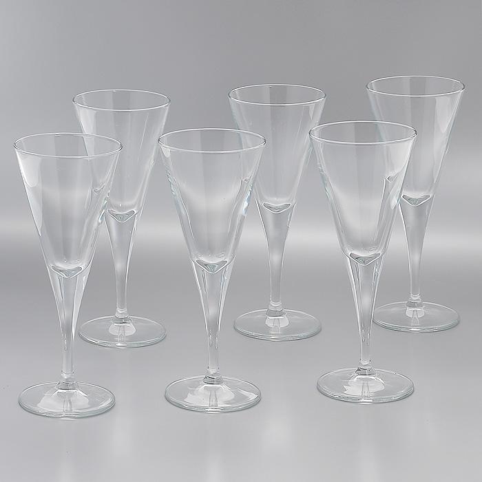 Набор фужеров для вина V-Line, 208 мл, 6 штVT-1520(SR)Набор V-Line, выполненный из высококачественного стекла, состоит из 6 элегантных фужеров на высокой ножке. Фужеры предназначены для подачи вина. Благодаря такому набору пить напитки будет еще вкуснее.Фужеры станут идеальным украшением праздничного стола и отличным подарком к любому празднику. Характеристики: Материал: натрий-кальций-силикатное стекло. Комплектация: 6 шт. Объем: 208 мл. Диаметр фужера по верхнему краю: 8 см. Диаметр основания: 7,5 см. Высота фужера: 20 см. Размер упаковки: 26 см х 17,5 см х 20,5 см. Артикул: 44325.