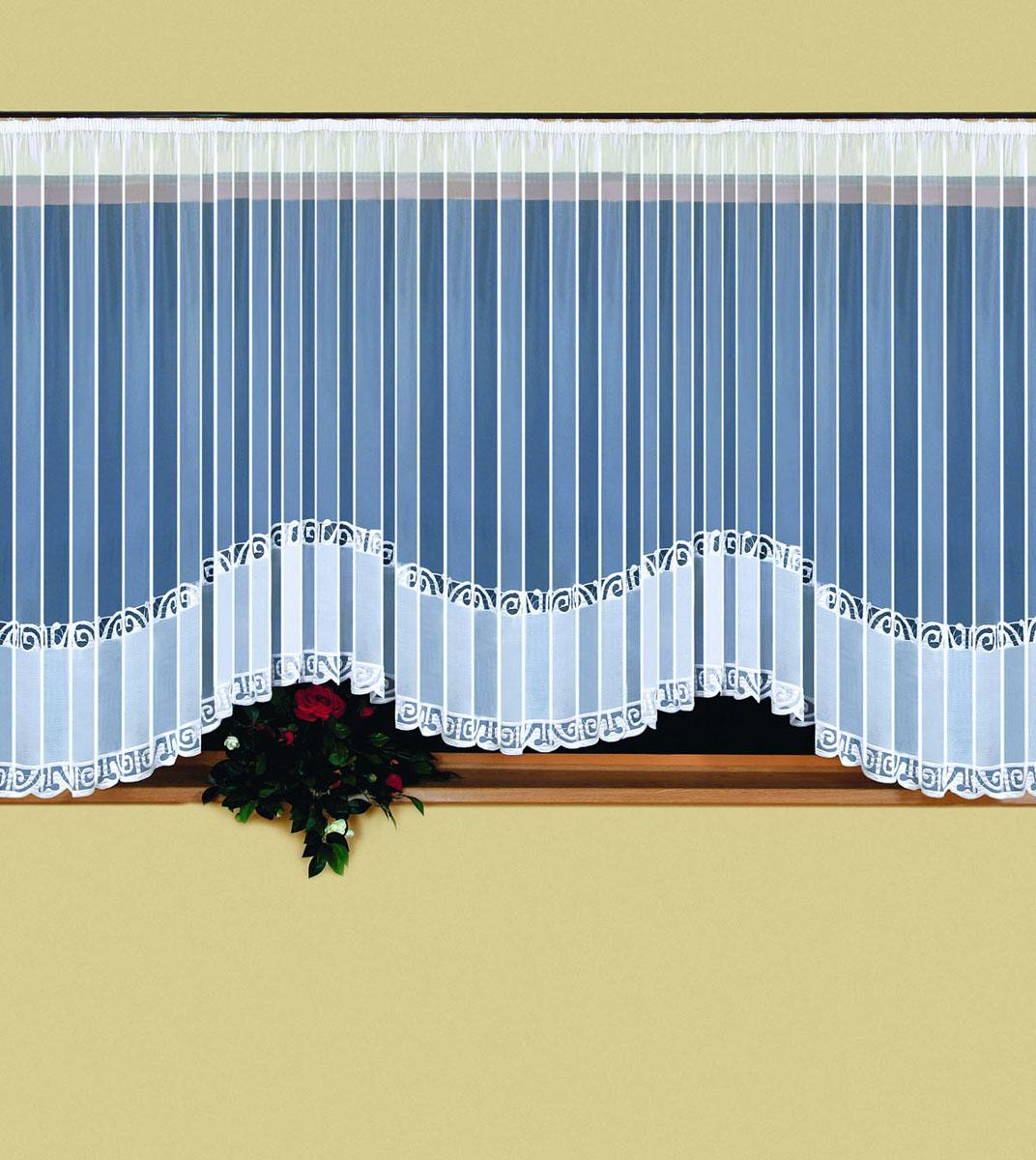 Гардина Weranika, на ленте, цвет: белый, 600 см х 150 смK100Воздушная гардина Weranika, изготовленная из полиэстера белого цвета, станет великолепным украшением любого окна. Тонкое плетение, оригинальный дизайн и приятная цветовая гамма привлекут к себе внимание и органично впишутся в интерьер комнаты. В гардину вшита шторная лента. Фирма Wisan на польском рынке существует уже более пятидесяти лет и является одной из лучших польских фабрик по производству штор и тканей. Ассортимент фирмы представлен готовыми комплектами штор для гостиной, детской, кухни, а также текстилем для кухни (скатерти, салфетки, дорожки, кухонные занавески). Модельный ряд отличает оригинальный дизайн, высокое качество.Ассортимент продукции постоянно пополняется. Характеристики:Материал: 100% полиэстер. Цвет: белый. Размер упаковки:32 см х 5 см х 25 см. Артикул: 524839.В комплект входит:Гардина - 1 шт. Размер (ШхВ): 600 см х 150 см.