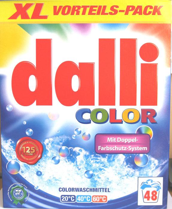 Стиральный порошок Dalli Colorwaschmittel, 3,36 кг531-402Стиральный порошок Dalli Colorwaschmittel предназначен для стирки цветных вещей облегченного ухода: хлопок, искусственные волокна, смешанные ткани (в зависимости от яркости цвета), вискоза, синтетические волокна такие как полиакрил, полиамид, полиэстер. Не предназначен для стирки шерсти и шелка. Стиральный порошок с системой долговременной защиты цвета лучше защищает окрашенные вещи от выцветания и потери окраски. Цвета после многочисленных стирок остаются интенсивными и сияющими. Порошок не содержит отбеливателей и оптических осветлителей. Рассчитан на 48 стирок. Характеристики:Вес порошка: 3,36 кг. Размер коробки: 25,5 см х 9 см х 32 см. Количество стирок: 48. Температура стирки: 20-60°C. Артикул: 526932. Товар сертифицирован.