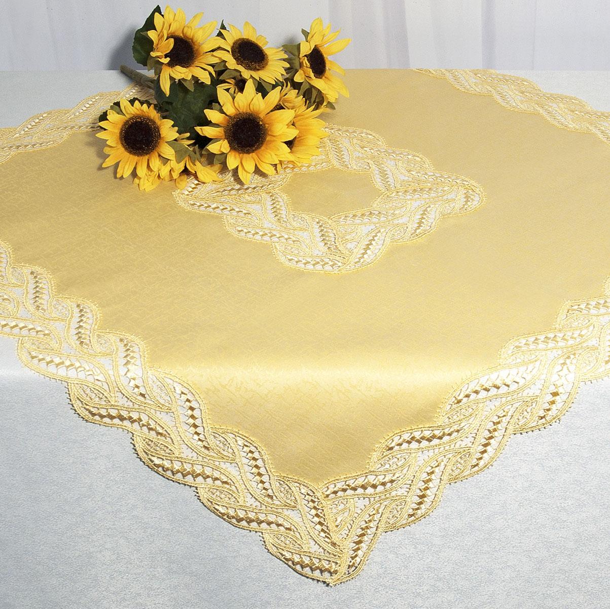 Скатерть Schaefer, квадратная, цвет: золотисто-желтый, 85x 85 см. 30213021Квадратная скатерть Schaefer среднего размера, выполненная из полиэстера золотисто-желтого цвета, оформлена вышитым по краю и в центре кружевом, в тон скатерти, в технике - макраме. Изделия из полиэстера легко стирать: они не мнутся, не садятся и быстро сохнут, они более долговечны, чем изделия из натуральных волокон.Вы можете использовать эту скатерть самостоятельно, либо сверху основной, однотонной, большой скатерти. В любом случае она добавит в ваш дом стиля, изысканности и неповторимости. Характеристики:Материал: 100% полиэстер. Цвет: золотисто-желтый. Размер скатерти:85 см х 85 см. Артикул:3021. Немецкая компания Schaefer создана в 1921 году. На протяжении всего времени существования она создает уникальные коллекции домашнего текстиля для гостиных, спален, кухонь и ванных комнат. Дизайнерские идеи немецких художников компании Schaefer воплощаются в текстильных изделиях, которые сделают ваш дом красивее и уютнее и не останутся незамеченными вашими гостями. Дарите себе и близким красоту каждый день!