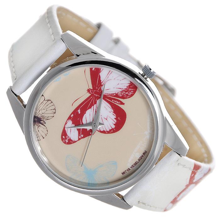 Часы Mitya Veselkov Цветные бабочки. ART-19BM8434-58AEНаручные дизайнерские часы Mitya Veselkov Цветные бабочки ручной сборки созданы для современных людей. Часы оснащены японским кварцевым механизмом. Ремешок выполнен из натуральной кожи бежевого цвета, корпус изготовлен из металлического сплава с PVD покрытием серебристого цвета. Циферблат декорирован изображением бабочек и защищен минеральным стеклом. Часы размещаются на специальной подушечке и упакованы в фирменный стакан Mitya Veselkov. Характеристики: Материал: натуральная кожа, сплав металла. Стекло: минеральное. Механизм: Citizen. Длина ремешка (с корпусом): 23 см. Ширина ремешка: 2 см. Диаметр корпуса: 3,7 см. Размер упаковки: 8,5 см х 10 см х 8,5 см. Артикул: ART-19. Производитель: Россия. Идея компании Mitya Veselkov возникла совершенно случайно. Просто один творческий человек и талантливый организатор решил делать людям необычные часы. Затем родилась идея открыть магазин и дать другим людям возможность приобретения этого красивого продукта. Теперь Mitya Veselkov - перспективный коммерческий проект, создающий не только часы, но и сумки, подушки, футболки и даже запонки. Часы, вещи и сувениры от Mitya Veselkov - это вещи с изюминкой, которые ценны своим оригинальным дизайном.