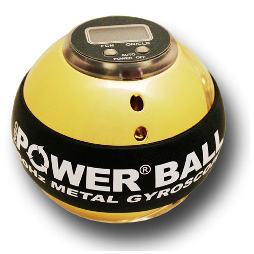Powerball 350Hz Metal Hi-Speed. Кистевой тренажер, со счетчикомAHG-03Powerball 350Hz HI-SPEED Metal - cтальной Powerball с легким алюминиевым ротором, позволяющим достичь абсолютно новых скоростей. Компьютерная калибровка и переход на сверхточные станки для производства этой модели Powerball позволили достигнуть абсолютно невозможных характеристик - скорость вращения этого шара может достигать 20000 оборотов в минуту - чемпион мира пока что не смог достигнуть скорости вращения более 12000 оборотов в минуту с этой моделью. Металлическая сфера отполирована до зеркального блеска, с черным резиновым кольцом. Установлен счетчик - это уже не офисная игрушка, а инструмент для установки новых и новых рекордов. Одной из важных отличительных особенностей модели является простота обслуживания - для чистки шара достаточно снять резиновую прокладку и отвинтить одну половину сферы от другой. В комплекте тренажера шнурок для запуска, инструкция, ремешок на руку и ремонтный комплект. Сферы-держателя нет Powerball -это кистевой тренажер, использующий вашу собственную силу для противодействия вам. Powerball подходит для развлечения и для серьезных спортивных тренировок одновременно. При помощи Powerball можно остановить жизнь в офисе на полчаса, а можно просто поддерживать кисти и запястья рук в прекрасном тонусе. Кроме того - Powerball это захватывающий геджет, привлекающий внимание всех коллег и друзей. Powerball не дает огромных мускулов, однако сильно повышает выносливость и цепкость рук. Powerball - лучший тренажер в своем классе. Powerball - необычный подарок, который принесет пользу музыкантам,пригодится фотографам, скалолазам, велосипедистам и мотоциклистам - список можно продолжать бесконечно. Его используют танцоры брейк-данса для восстановления повреждений кистей рук, также Powerball используется для профилактики боли в кистях и запястьях. Любое занятие, создающее постоянную нагрузку на пальцы, кисть и предплечье будет выполнятся лучше, если вы тренируетесь с Powerball.Сек