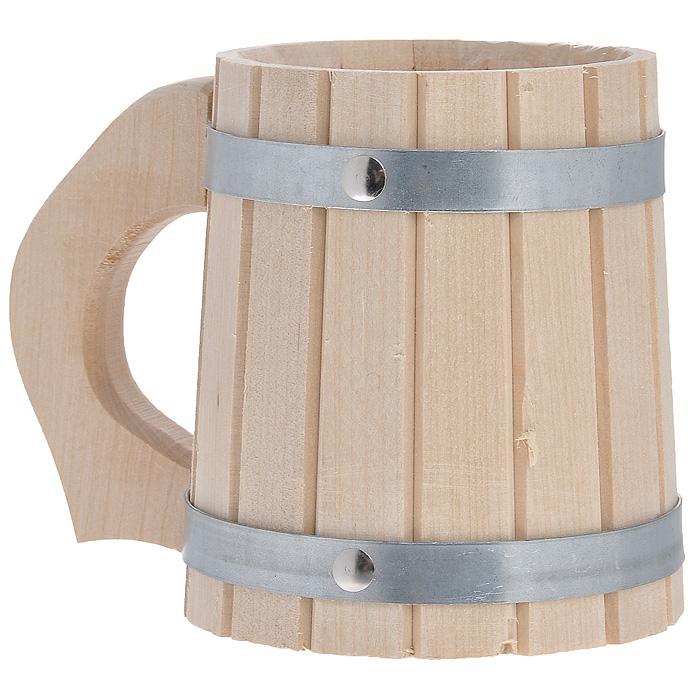 Кружка Доктор баня, для бани и сауны, 0,5 л00007604Кружка Доктор баня выполнена из натуральной березы с двумя металлическими обручами и резной ручкой. Она просто незаменима для подачи напитков, приготовления отваров из трав и ароматических масел, также подходит для декора или в качестве сувенира. Интересная штука - баня. Место, где одинаково хорошо и в компании, и в одиночестве. Перекресток, казалось бы, разных направлений - общение и здоровье. Приятное и полезное. И всегда в позитиве. Характеристики:Материал: дерево (береза), металл. Объем: 0,5 л. Диаметр по верхнему краю: 9,5 см. Высота стенок: 13 см. Длина ручки: 5 см. Артикул: 8310.