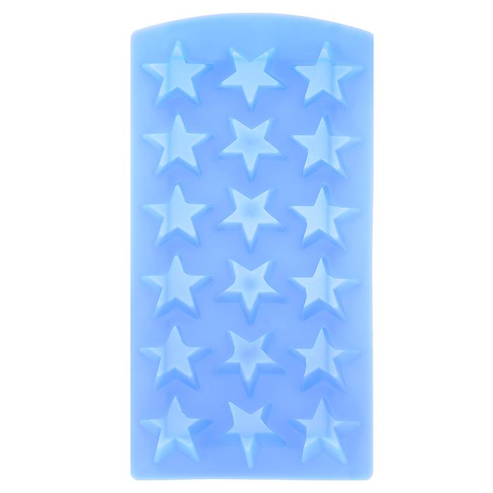 Форма для льда Звезда, цвет: голубой, 18 ячеекVT-1520(SR)Форма для льда Звезда выполнена из силикона голубого цвета. На одном листе расположено 18 формочек для льда в виде звезды. Благодаря тому, что формочки изготовлены из силикона, готовый лед вынимать очень просто. Чтобы достать льдинки, эту форму не нужно держать под теплой водой или использовать нож. Теперь на смену традиционным квадратным пришли новые оригинальные формы для приготовления фигурного льда, которыми можно не только охладить, но и украсить любой напиток. В формочки при заморозке воды можно помещать ягодки, такие льдинки не только оживят коктейль, но и добавят радостного настроения гостям на празднике! Характеристики:Материал: силикон. Цвет: голубой. Размер формы:11,5 см х 23 см х 2 см. Производитель: Италия. Изготовитель: Китай. Артикул: 25.35.27.