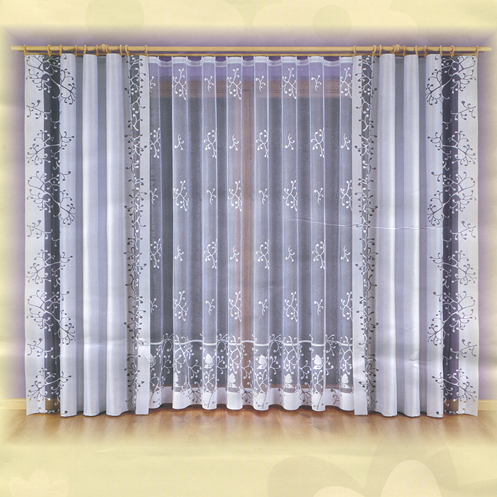 Комплект штор Malwina, на ленте, цвет: серый, белый, высота 240 смK100Комплект штор Malwina, изготовленный из полиэстера, органично впишется в интерьер любой комнаты. В набор входят две шторы и тюль белого цвета. Плотные шторы декорированы вертикальной прозрачной полосой черного цвета. Тонкое плетение и оригинальный дизайн привлекут к себе внимание и органично впишутся в интерьер комнаты. Все предметы комплекта на шторной ленте для собирания в сборки. Характеристики:Материал: 100% полиэстер. Цвет: серый, белый. Размер упаковки:28 см х 11 см х 36 см. Артикул: 730445.В комплект входит: Штора - 2 шт. Размер (ШхВ): 140 см х 240 см. Тюль - 1 шт. Размер (ШхВ): 600 см х 240 см.Фирма Wisan на польском рынке существует уже более пятидесяти лет и является одной из лучших польских фабрик по производству штор и тканей. Ассортимент фирмы представлен готовыми комплектами штор для гостиной, детской, кухни, а также текстилем для кухни (скатерти, салфетки, дорожки, кухонные занавески). Модельный ряд отличает оригинальный дизайн, высокое качество. Ассортимент продукции постоянно пополняется.