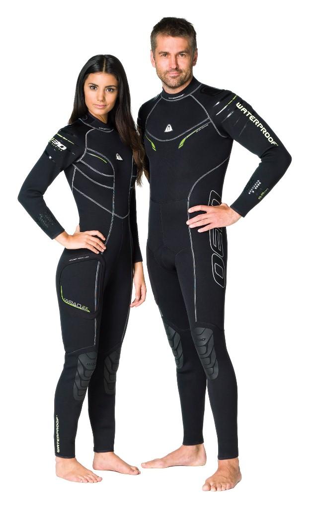 Гидрокостюм Waterproof W30, мужской. Размер LWP 307027Эластичный материал и тянущиеся плоские швы обеспечивают максимально возможную свободу движений - то, что нужно любителям водных видов спорта. Накладки на плечах не скользят и защищают материал костюма от истирания. Молния с бегунком из нержавеющей стали. Нескользящее покрытие сзади. Резиновые наколенники. Модель оснащена устройством WPAD - или док персональных аксессуаров. Это искусно сконструированный так называемый стыковочный узел на правом бедре для крепления специальных аксессуаров - например, кармана Tech Pocket (приобретается отдельно). Характеристики: Размер: L. Материал: 80% резина, 20% неопрен. Длина брючины по внутреннему шву: 75 см. Длина рукава по внутреннему шву: 49 см. Толщина неопрена: 2,5 мм. Артикул: WP 300125. Размер упаковки: 59 см х 38 см х 8 см.