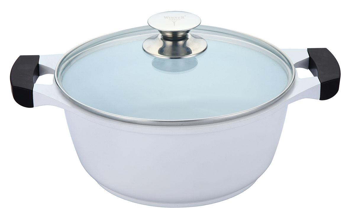 Кастрюля Winner с крышкой, 2.5 л. WR-1422FS-91909Кастрюля Winner выполнена из высококачественного литого алюминия с антипригарным керамическим двуслойным нанопокрытием Ilag. Внешнее лаковое покрытие белого цвета является жаростойким. Посуда с нанопокрытием обладает высокой прочностью, жаро-, износо-, коррозийной стойкостью, химической инертностью. При нагревании до высоких температур не выделяет и не впитывает в себя вредных для человека химических соединений. Нанопокрытие гарантирует быстрый и равномерный нагрев посуды и существенную экономию электроэнергии. Данная технология позволяет исключить деформацию корпуса при частом и длительном использовании посуды. Кастрюля оснащена двумя удобными ручками из бакелита с силиконовым покрытием. Крышка, выполненная из термостойкого стекла, позволит вам следить за процессом приготовления пищи. Крышка плотно прилегает к краю кастрюли, предотвращая проливание жидкости и сохраняя аромат блюд.Изделие подходит для использования на всех типах плит, включая индукционные. Можно мыть в посудомоечной машине.Это идеальный подарок для современных хозяек, которые следят за своим здоровьем и здоровьем своей семьи. Эргономичный дизайн и функциональность позволят вам наслаждаться процессом приготовления любимых, полезных для здоровья блюд. Характеристики: Материал: литой алюминий, стекло, бакелит, силикон. Объем: 2,5 л. Внутренний диаметр: 20 см. Высота стенки: 10 см. Толщина стенки: 2 мм. Толщина дна: 0,5 см. Размер упаковки: 26,5 см х 26,5 см х 12 см. Производитель: Германия. Изготовитель: Китай. Артикул:WR-1422.