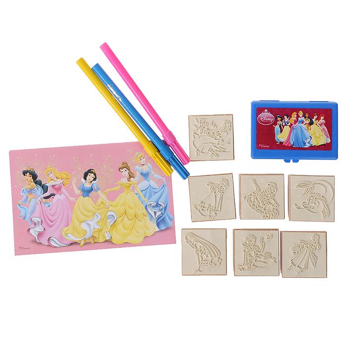 """Набор штампов """"Диснеевские принцессы"""" включает в себя 7 штампов с изображениями героинь популярных мультфильмов студии """"Disney"""". Приложив штамп к штемпельной подушке, пропитанной нетоксичными чернилами, ребенок сможет украсить рисунки, поздравительные открытки, рамочки, тетради, альбомы для фотографий и многое другое. Штампы снабжены деревянными держателями, благодаря чему руки малыша останутся чистыми. В комплект со штампами входят три фломастера желтого, голубого и розового цветов, которыми ребенок сможет раскрасить изображения или дополнить их, а также блокнот, обложка которого оформлена изображениями прекрасных принцесс. Чудо-картинки способствуют развитию воображения и фантазии, мышления и познавательных способностей, пробуждают у ребенка желание творить, представляя себя настоящим художником. Кроме того, это просто увлекательное и веселое занятие как для одного малыша, так и для целой компании. Порадуйте его таким замечательным подарком!"""