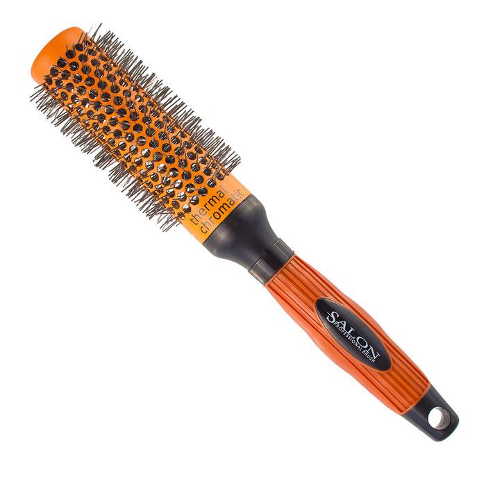 Salon Professional Расческа круглая. 340-9883FVDF4801500112Круглая расческа Salon Professional с нейлоновыми зубцами предназначена для укладки волос. Керамический цилиндр позволяет равномерно и быстро распределять тепло. Специальное покрытие Thermal Chromatic является индикатором температуры оптимального нагрева позволяет определить лучшее время для начала укладки волос. Характеристики:Материал: пластмасса, нейлон, керамика. Длина расчески: 26 см. Длина зубцов: 1 см. Общий диаметр расчески: 5 см. Производитель: Германия. Артикул:340-9883FVDF.Товар сертифицирован.