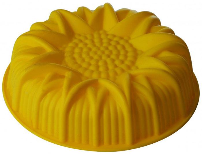 Форма для выпечки и заморозки Regent Inox Подсолнух, цвет: желтый. Диаметр 24,5 смZP1025AФорма для выпечки и заморозки Regent Inox Подсолнух выполнена из качественного пищевого силикона. Силиконовая форма имеет много преимуществ по сравнению с традиционными металлическими и алюминиевыми формами. Она идеально подходит для использования в микроволновых, газовых и электрических печах при температурах до 230°С. В случае заморозки до -40°С. По сравнению с традиционными формами и противнями, высокая теплопроводность силикона позволяет выпекать изделие при более низкой температуре, за более короткое время. Готовое изделие (выпеченное или замороженное) легко извлекается из формы, благодаря ее гибкости и антиприлипающим свойствам. Форма абсолютно безвредна для здоровья. Ее можно мыть в посудомоечной машине. Характеристики: Материал: силикон. Диаметр формы: 24,5 см. Высота стенки: 6,5 см. Цвет: желтый. Артикул: 93-SI-FO-15.