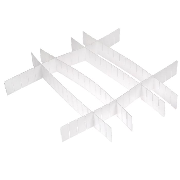 Набор разделителей для ящиков Loks, цвет: белый, 6 шт1004900000360Набор разделителей для ящиков Loks выполнен из пластика белого цвета. Пластиковые разделители предназначены для организации пространства в ящиках столов и шкафов. Особая конструкция изделия позволяет оптимально подобрать размер секций под разные типы ящиков (в случае необходимости лишние секции разделителей можно отрезать). Набор укомплектован инструкцией по установке.Набор разделителей для ящиков Loks поможет сохранить порядок и оптимизировать пространство ящика. Характеристики: Материал: пластик. Цвет: белый. Размер разделителей: 43 см х 5 см. Комплектация: 6 шт. Размер упаковки: 45 см х 7 см х 2 см. Артикул: L102-111. Страна: Китай.