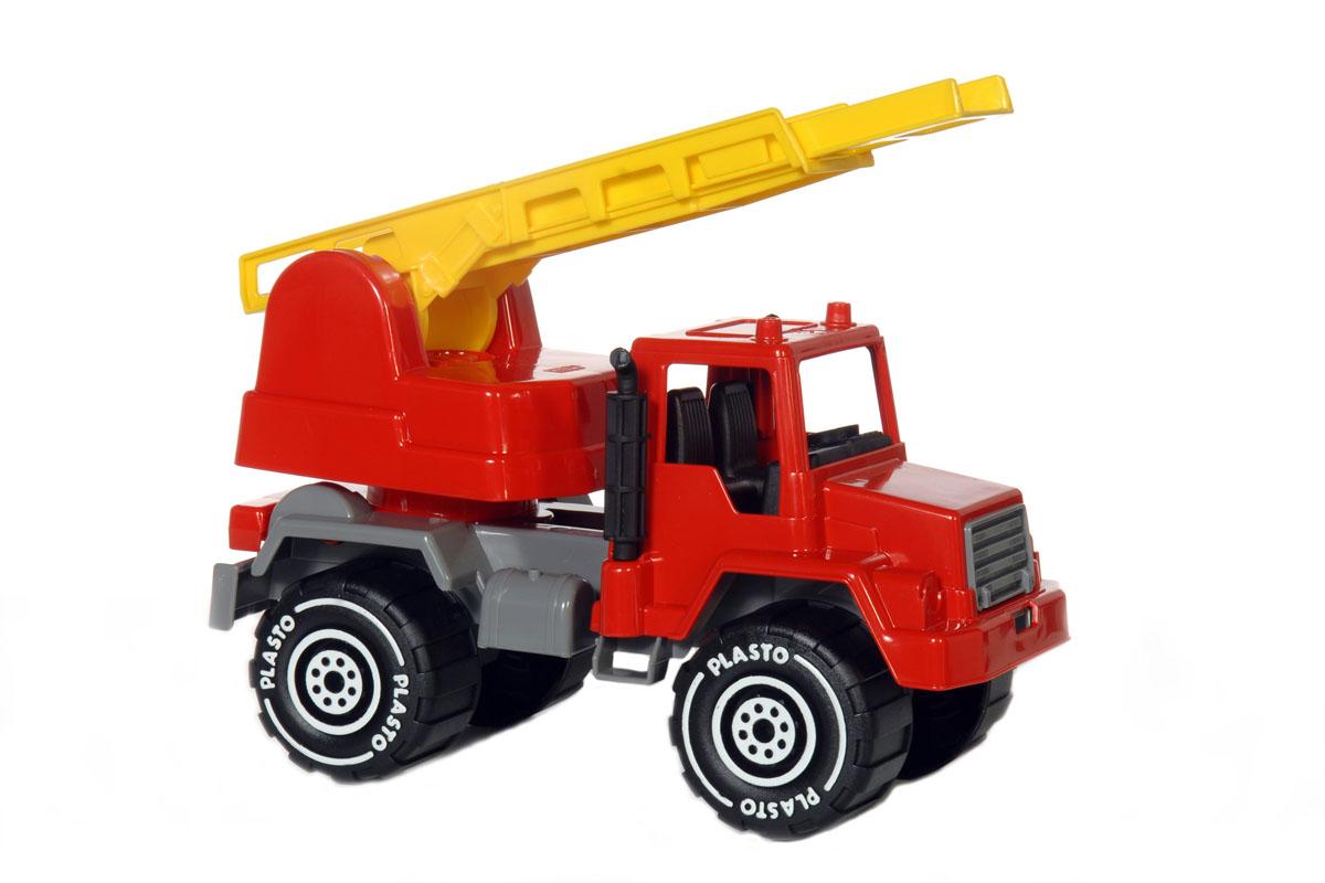 """Яркая пожарная машина """"Pilsan"""" привлечет внимание вашего ребенка и не позволит ему скучать! Она изготовлена из прочного безопасного пластика и отлично подойдет ребенку для различных игр, как дома, так и на свежем воздухе. Машина оснащена подъемником с выдвижной лестницей. Платформа подъемника поворачивается на 360°. Большие колеса с крупным протектором обеспечивают машине устойчивость и хорошую проходимость. Ваш ребенок с удовольствием будет играть с пожарной машиной, придумывая различные истории. Один из ключевых моментов для PLASTO - это безопасность игрушек. Это относится к сырью, проектированию и производству. Вся продукция PLASTO имеет знак CE, одобренный и проверенный согласно EN71. Практически, это означает отсутствие острых краев или углов и мелких деталей в игрушках. Все игрушки PLASTO произведены из пластмассы, одобренной для использования в пищевой промышленности. В игрушках нет фталатов, а краски не содержат свинец, кадмий или любые другие опасные..."""