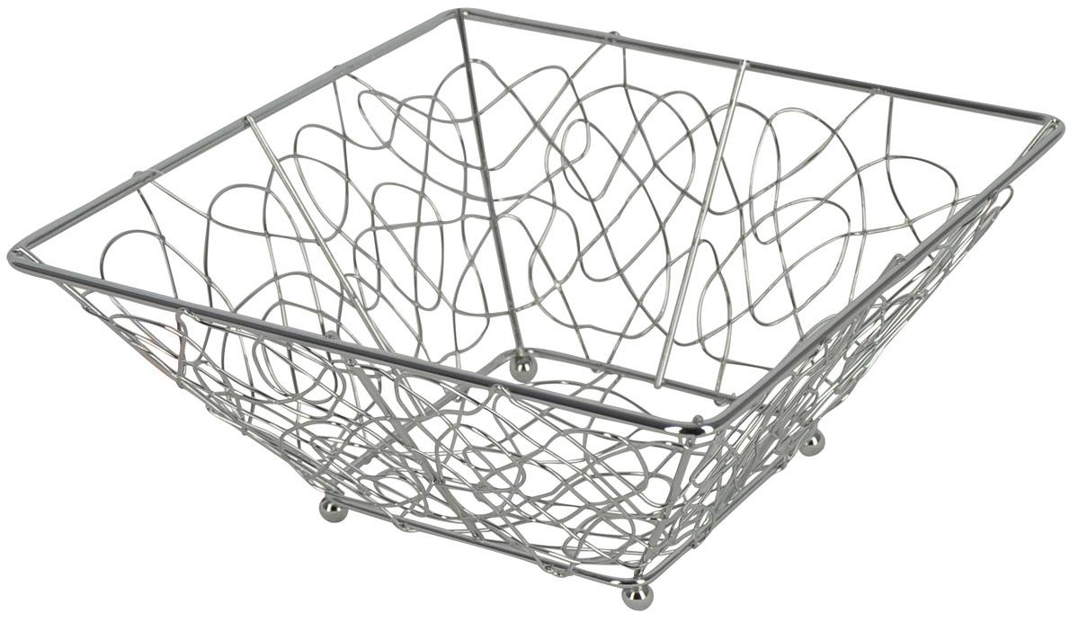 Фруктовница Trina, квадратная. 93-TR-01-05VT-1520(SR)Современный дизайн фруктовницы, изготовленной из металла, идеально впишется в интерьер современной кухни. Фруктовница квадратной формы представляет собой узор из стальных прутьев, скрепленных между собой. На нижней части фруктовницы есть четыре металлических шарика - для устойчивости. Характеристики:Материал:хромированная сталь. Размер: 24 см х 24 см х 10 см. Размер упаковки: 24,5 см х 24,5 см х 10,5 см. Производитель: Италия. Артикул:93-TR-01-05.