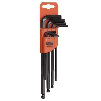 Набор шестигранников Bahco, 9 шт. BE-9770BE-9770Набор шестигранников Bahco имеет складной футляр для хранения с маркировкой, который позволяет быстро вынимать нужный ключ.В наборе имеется 9 ключей размерами 1,5 мм, 2 мм, 2,5 мм, 3 мм, 4 мм, 5 мм, 6 мм, 8 мм, 10 мм. Характеристики: Материал: металл. Размеры упаковки: 23 см х 7 см х 2,5 см.