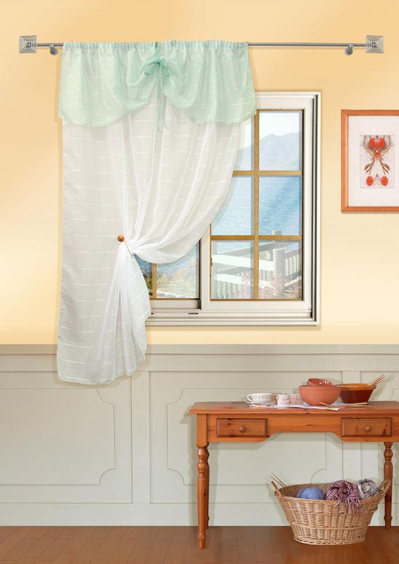 Штора Kauffort Калина, на ленте, цвет: белый, зеленый, высота 170 смUN111028180Воздушная штора Kauffort Калина выполнена из качественного полиэстера. Полотно, выполненное из белой вуали, декорировано по верху широким воланом из вуали зеленого цвета. Посередине волана предусмотрены две ленты, которые завязываются на бант.Качественный материал, оригинальный дизайн и приятная цветовая гамма привлекут к себе внимание и органично впишутся в интерьер помещения. Изделие оснащено шторной лентой для красивой сборки.Штора Kauffort Калина великолепно украсит любое окно. Характеристики: Материал: 100% полиэстер. Цвет: белый, зеленый. Размер упаковки: 37 см х 27 см х 3 см. Артикул: UN111028180.В комплект входит: Штора - 1 шт. Размер (Ш х В): 148 см х 170 см (отклонение размера ~ 1,5%). Уважаемые клиенты! Обращаем ваше внимание на тот факт, что подхват, изображенный на фотографии, в комплект не входит.