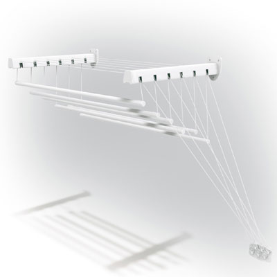 Сушилка для белья Gimi Lift 100, настенно-потолочная10460103Сушилка для белья Lift 100 - это удобная в использовании настенно-потолочная сушилка. Она имеет 6 металлических струн (длиной 100 сантиметров каждая), которые выдерживают до 15 кг белья. Сушилка имеет складной механизм, благодаря которому она не займет много места.Сушилка крепится к стене, ее можно прикрепить в любом удобном для вас месте: в ванне, на балконе, в комнате. Характеристики: Материал: металл. Размер сушилки в разложенном виде: 100 см х 135 см х 43 см. Размер упаковки: 102 см х 10 см х 5 см. Производитель: Италия. Артикул: 10460103.