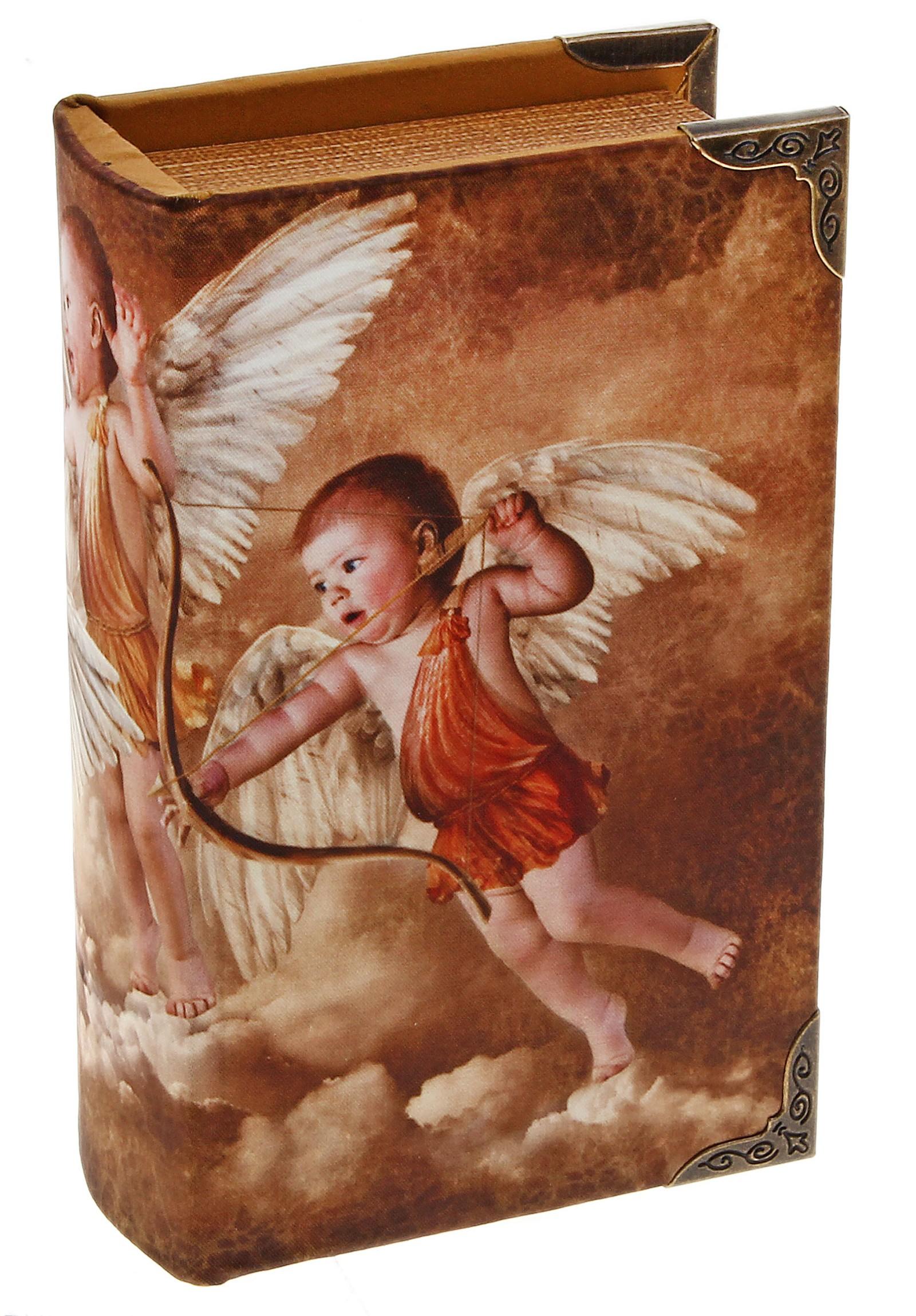 Шкатулка-книга Игры ангеловFS-80299Оригинальное оформление шкатулки, несомненно, привлечет внимание. Шкатулка Игры ангелов изготовлена в виде старинной книги. Поверхность шкатулки выполнена из кожзаменителя и оформлена изображением ангелов.Такая шкатулка может использоваться для хранения бижутерии, в качестве украшения интерьера, а также послужит хорошим подарком для человека, ценящего практичные и оригинальные вещи. Характеристики:Материал: дерево, кожзам, металл. Цвет: коричневый. Размер шкатулки (в закрытом виде): 17 см х 11 см х 5 см. Размер упаковки: 18 см х 12 см х 6 см. Артикул: 521770.