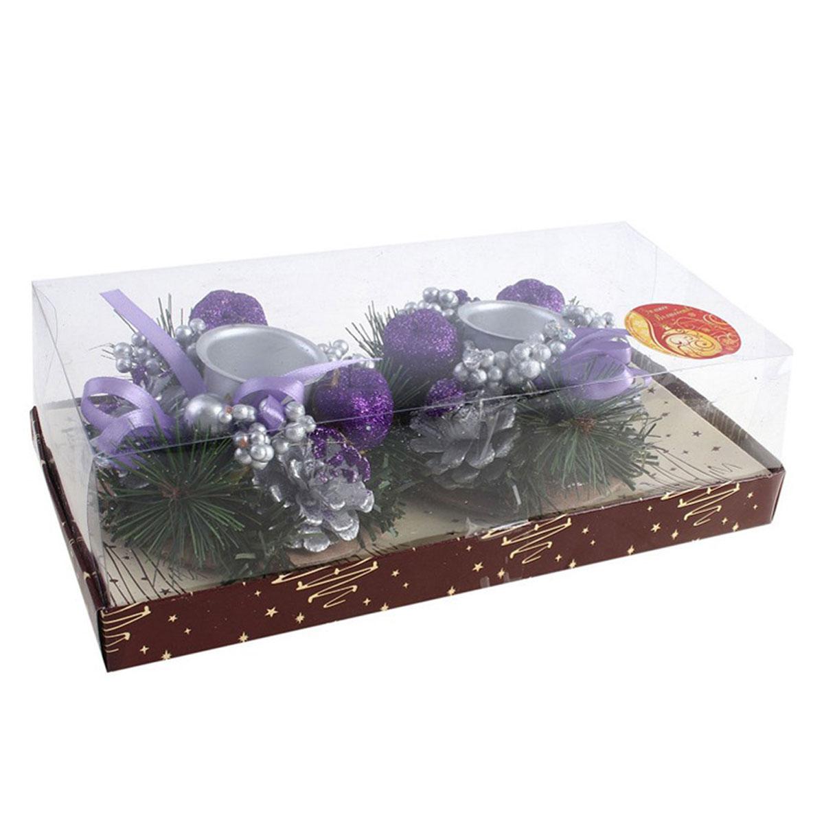 Подсвечник на две свечи Шишка с бантиками, цвет: фиолетовый, серебристый, пурпурный. 54265444MDMNНовогодний подсвечник Шишка с бантиками украсит интерьер вашего дома или офиса в преддверии Нового года. Оригинальный дизайн и красочное исполнение создадут праздничное настроение. Подсвечники представляют собой венки из сосновых веточек с шишками, бусинами и ягодами пурпурного цвета, покрытыми блестками. В центре венка размещается подсвечники серебристого цвета.Новогодние украшения всегда несут в себе волшебство и красоту праздника. Создайте в своем доме атмосферу тепла, веселья и радости, украшая его всей семьей. Характеристики:Материал: пластик, шишки, текстиль. Цвет: фиолетовый, серебристый, пурпурный. Диаметр подсвечника: 3,5 см. Высота свечи: 8,2 см. Диаметр венка:10,5 см. Размер упаковки: 23,5 см х 11,5 см х 7 см. Артикул: 542654.