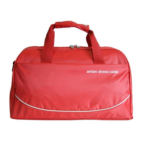 Сумка дорожная Antan Фантазия, цвет: красный. 2-8810130-11Вместительная дорожная сумка Antan Фантазия выполнена из прочного материала красного цвета и оформлена надписью Antan dress code. Сумка состоит из одного основного отделения, закрывающегося на застежку-молнию, внутри которого расположено два сетчатых накладных кармана. На внешней стороне сумки расположен вместительный карман на застежке-молнии.Сумка оборудована двумя удобными текстильными ручками и съемным плечевым ремнем. Характеристики:Цвет: красный.Материал: полиэстер, текстиль, пластик.Размер сумки (без учета ручек): 45 см х 23 см х 25 см.Высота ручек: 16 см.Производитель: Россия.Артикул: 2-87. Компания Antan существует уже более 10 лет. Свою деятельность она начинала с выпуска дамских сумок, сейчас в ассортименте представлен большой выбор молодежных, дорожно-спортивных, деловых, универсальных сумок, а так же клатчей и маленьких сумочек.Мир моды не стоит на месте, и, следуя тенденциям, компания Antan старается как можно чаще радовать покупателей новыми моделями сумок. Технологии XXI века позволяют производить износостойкие и современные материалы, в которых модельеры и технологи ценят безграничные возможности выбора фактур и цветовых решений.