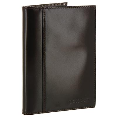 Обложка для паспорта Befler, цвет: темно-коричневый. О.21.-1O.21.-1.blackОбложка для паспорта Befler не только поможет сохранить внешний вид Ваших документов и защитить их от повреждений, но и станет стильным аксессуаром, идеально подходящим Вашему образу. Обложка выполнена из натуральной кожи и оформлена горизонтальным тиснением Passport. Внутри имеет вертикальный карман из прозрачного пластика и вертикальный карман из кожи. Также, на лицевой стороне, имеет дополнительный скрытый карман. Характеристики: Материал: натуральная кожа, пластик. Размер обложки: 9,5 см х 13,8 см. Цвет: темно-коричневый. Размер упаковки: 10,5 см х 14,5 см х 1,3 см. Изготовитель: Россия. Артикул: О.21.-1.cognac.Befler является дочерним брендом крупнейшего производителя кожгалантереи - компании Askent, существующей с 1993 года. Сохраняя лучшие традиции и высокую культуру производства компании, изделия под маркой Befler соответствуют самым высоким мировым стандартам. Вся продукция проходит многоступенчатый контроль качества на каждой стадии производства, что позволяет приблизить процент брака к нулю.