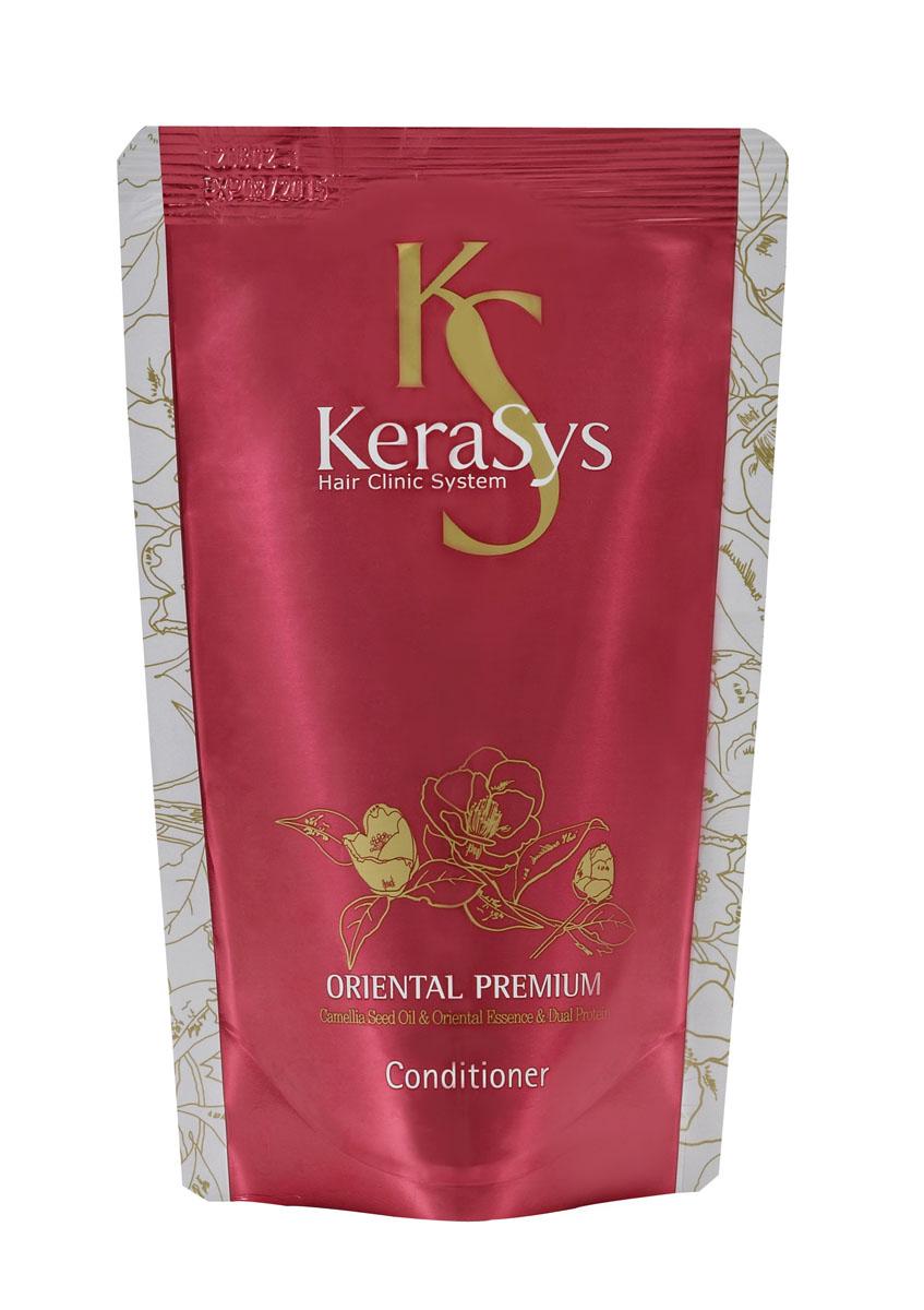 Kerasys Кондиционер для волос Oriental, сменная упаковка, 500 млFS-00897Специально разработанная формула для всех типов волос, в том числе поврежденных и ослабленных. Волосы обретают жизненную силу, блеск и эластичность. Оказывает солнцезащитное действие. Масло камелии укрепляет хрупкие и ломкие волосы, делает их шелковистыми по всей длине. Кератиновый комплекс питает и разглаживает поврежденный волос. Композиция из шести традиционных восточных трав (женьшень, жгун-корень, орхидея, ангелика, гранат, листья камелии) укрепляет корни волос и предотвращает преждевременное выпадение. Kerasys - это линия средств профессионального уровня для ухода за различными типами волос в домашних условиях. Характеристики:Объем: 500 мл. Артикул: 989869. Производитель: Корея. Товар сертифицирован.