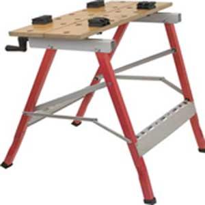 Верстак складной FIT, 61 см х 72 см х 36 см65472Универсальный складной верстак предназначен для закрепления обрабатываемых предметов и инструмента. Имеет два зажимных механизма и столешницу, состоящую из 2-х половин (подвижной и неподвижной). Характеристики: Материал: сталь, дерево. Максимальная нагрузка: 100 кг. Максимальная ширина заготовки: 23,5 см. Размер верстака в разложенном состоянии: 61 см х 72 см х 36 см. Размер верстака в сложенном состоянии: 106 см х 61 см х 13 см. Размер упаковки: 87 см х 13 см х 13 см.