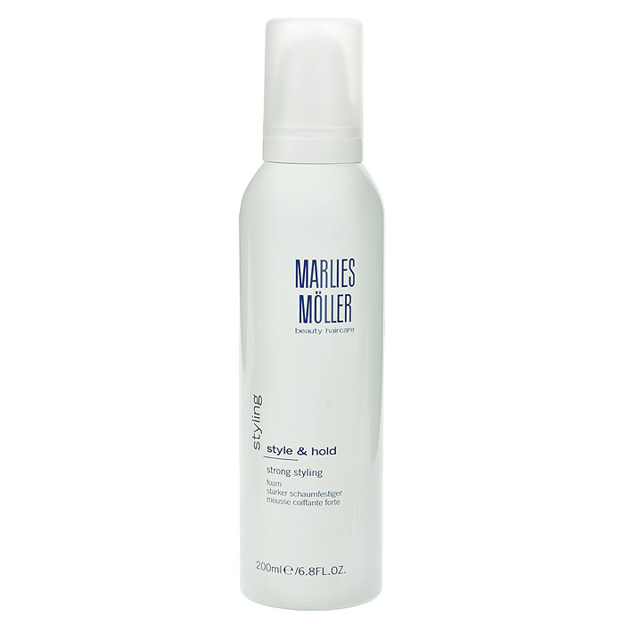 Marlies Moller Пена Styling для укладки волос, сильная фиксация, 200 млMP59.4DКондиционирующая пена для укладки идеально подходит для любого типа волос. Гарантирует сильную фиксацию без склеивания. Увлажняет волосы, придает им блеск и объем. Легко удаляется при расчесывании, не остаётся на волосах. Не содержит алкоголь и смолы. Чтобы добиться исключительного объема волос, нанесите пену на корни волос и распределите по длине до кончиков. Сделайте укладку с помощью фена и профессиональных круглых щеток MARLIES M?LLER.Хорошо встряхните перед использованием. Держите флакон дозатором вниз. Нанесите на волосы, начиная от корней и заканчивая кончиками.
