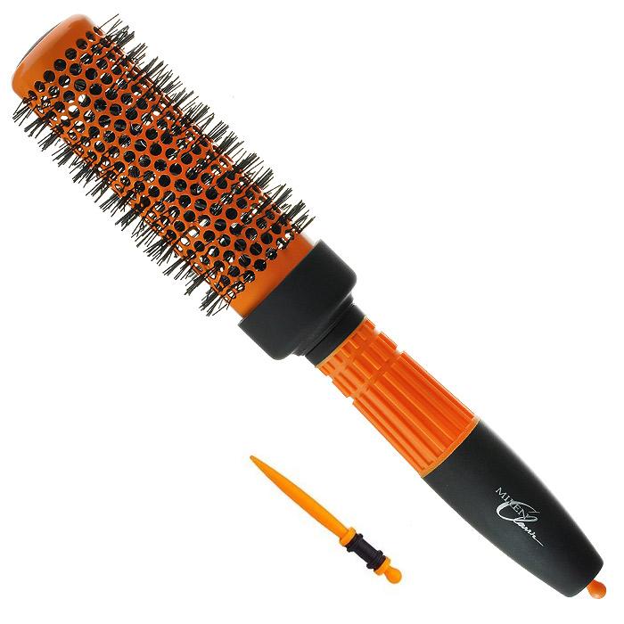 Milen Classik Термобрашинг для укладки,со вставкой для отделения прядей. 330-1362613Satin Hair 7 BR730MNТермобрашинг Milen Classic для укладки волос изготовлен из экологически чистых материалов, имеет устойчивый антистатический эффект. Благодаря продуманному дизайну расческа очень удобна в использовании. Расческа оснащена вставкой для отделения прядей. Характеристики:Материал: термостойкая пластмасса, нейлон, металл. Длина расчески: 24 см.Длина зубцов: 0,7 см. Общий диаметр расчески: 4,5 см. Длина вставки: 7,5 см.Артикул:330-1362613. Товар сертифицирован.