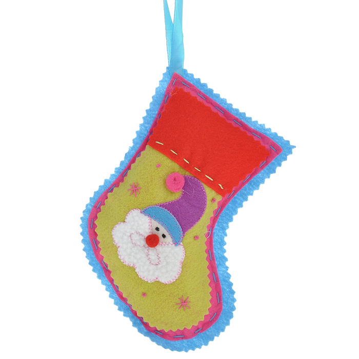 Новогоднее подвесное украшение Носок, цвет: голубой. 25340RSP-202SОригинальное новогоднее украшение Носок прекрасно подойдет для праздничного декора дома и новогодней ели. Украшение выполнено из полиэстера в виде рождественского носка и оформлено изображением Деда Мороза. С помощью текстильной ленточки изделие можно повесить в любом понравившемся вам месте. Но, конечно, удачнее всего такая игрушка будет смотреться на праздничной елке.Елочная игрушка - символ Нового года. Она несет в себе волшебство и красоту праздника. Создайте в своем доме атмосферу веселья и радости, украшая новогоднюю елку нарядными игрушками, которые будут из года в год накапливать теплоту воспоминаний. Коллекция декоративных украшений из серии Magic Time принесет в ваш дом ни с чем несравнимое ощущение волшебства! Характеристики:Материал: полиэстер. Цвет: голубой. Размер украшения (ДхШхВ): 13,5 см х 3,5 см х 18 см. Артикул: 25340.
