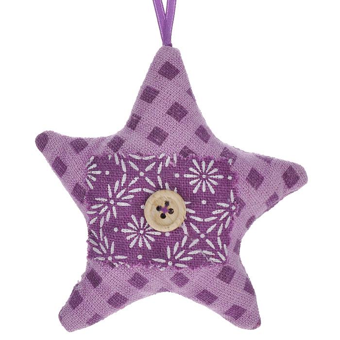Новогоднее подвесное украшение Звезда, цвет: сиреневый. 253220354-0012Оригинальное новогоднее украшение Звезда, выполненное из полиэстера сиреневого цвета, прекрасно подойдет для оформления дома и праздничной ели. С помощью текстильной ленточки его можно повесить в любом понравившемся вам месте. Но, конечно, удачнее всего такая игрушка будет смотреться на праздничной елке.Елочная игрушка - символ Нового года. Она несет в себе волшебство и красоту праздника. Создайте в своем доме атмосферу веселья и радости, украшая новогоднюю елку нарядными игрушками, которые будут из года в год накапливать теплоту воспоминаний. Коллекция декоративных украшений из серии Magic Time принесет в ваш дом ни с чем несравнимое ощущение волшебства! Характеристики:Материал: полиэстер, дерево. Размер украшения (ДхШхВ): 10,5 см х 3 см х 11,5 см. Цвет: сиреневый. Артикул: 25322.