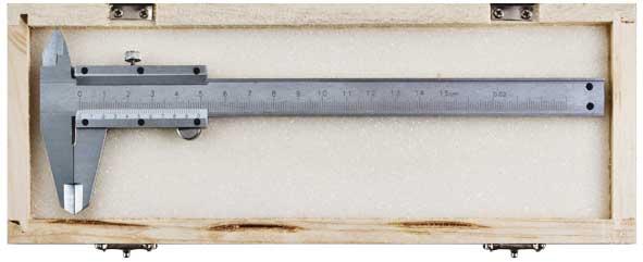 Штангенциркуль металлический нержавеющий Fit, 15 см2706 (ПО)Штангенциркуль Fit - основной измерительный инструмент инженера, слесаря, токаря, фрезеровщика и т. д. Благодаря удачной конструкции он прост в применении. Характеристики: Материал: металл. Длина циркуля: 15 см. Точность: 0,02 мм. Размер упаковки: 26 см х 10 см х 2 см. Производитель: Китай. Артикул: 19845.