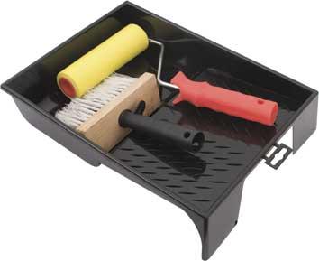 Набор для наклеивания обоев FIT0-69-257Набор FIT предназначен для наклеивания обоев. В набор входят:Ванночка пластиковая, 33 см х 25 см.Валик прижимной, резиновый, 15 см.Макловица, искусственная щетина, деревянный корпус, пластиковая ручка, 7 см х 15 см (9 х 17 рядов). Характеристики: Материал: пластик, металл. Диаметр бюгеля: 0,6 см. Размер упаковки: 25 см х 34 см х 9 см.