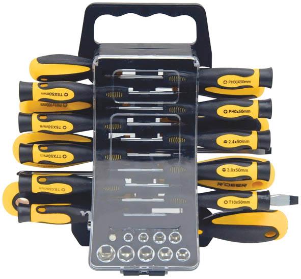 Набор отверток с битами и головками FIT, 44 предмета2706 (ПО)Набор отверток с битами и головками FIT предназначен для монтажа и демонтажа резьбовых соединений.Это необходимый предмет в каждом доме, набор станет незаменимым в вашем хозяйстве. Такой набор будет идеальным подарком мужчине.В состав набора входит:Головки 1/4: 5 мм, 5.5 мм, 6 мм, 8 мм, 9 мм, 10 мм, 11 мм, 12 мм, 13 мм;Адаптер с биты на головку;Биты шлицевые: SL3, SL4, SL5, SL6;Биты крестовые: PH0, PH1, PH2, PH3; PZ0, PZ1, PZ2, PZ3;Биты шестигранные: T10, T15; H3, H4;Отвертки для точных работ:SL2,5, SL3; PH00, PH0; T5, T6, T7, T8, T9, T10;Отвертки: SL3 х 75 мм, SL5 х 100 мм, SL6 х 125 мм, SL8 х 150 мм;Отвертка с магнитным держателем для бит;Пластиковый кейс. Характеристики: Материал: пластик, хром-ванадий. Длина бит: 2,5 см. Длина отверток для точных работ: 5 см. Размеры кейса:30 см х 23 см х 6 см. Размеры упаковки:30 см х 23 см х 6 см.