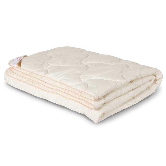 Одеяло всесезонное OL-Tex Ангора, цвет: бежевый, 172 х 205 см20736Чехол всесезонного одеяла OL-Tex Ангора выполнен из мягкого приятного на ощупь сатина бежевого цвета. Наполнитель - шерсть ангорской козы с полиэстером.Издавна шерсть ангорских коз называли мягким золотом за ее нежность, легкость и теплоту. Ангорская шерсть мягкая, как шелк, очень теплая и пушистая, с характерным нежным ворсом. Изделия из ангорской шерсти не только создают неповторимый комфорт, но и обладают целебными свойствами: благотворно действуют на мышцы, суставы, позвоночник и дыхательную систему, стимулируют кровообращение, способствуют снятию напряжения мышц, что необходимо для здорового сна.Одеяло с наполнителем из шерсти ангорской козы благотворно влияет на людей, страдающих остеохандрозом, радикулитом, артритом. Такое одеяло обладает очень низкой теплопроводностью и необычайной легкостью, под одеялом из ангоры вы будете чувствовать себя очень комфортно.Одеяло OL-Tex Ангора - достойный выбор современной хозяйки!Рекомендации по уходу:- Стирка запрещена,- Нельзя отбеливать. При стирке не использовать средства, содержащие отбеливатели (хлор),- Не гладить. Не применять обработку паром,- Химчистка с использованием углеводорода, хлорного этилена, монофтортрихлорметана (чистка на основе перхлорэтилена),- Нельзя выжимать и сушить в стиральной машине. Характеристики: Материал чехла: сатин (100% хлопок). Наполнитель: шерсть ангорской козы, полиэстер. Цвет: бежевый. Плотность: 300 г/м2. Размер одеяла: 172 см х 205 см. Размеры упаковки: 55 см х 45 см х 15 см. Артикул: ОАС-18-3.