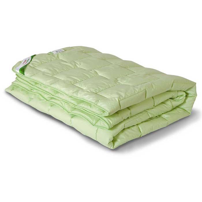 Одеяло теплое OL-Tex Бамбук, 172 см х 205 см. ОБТ-18-4531-105Чехол теплого одеяла OL-Tex Бамбук выполнен из мягкого приятного на ощупь материала тик/перкаль. Наполнитель - волокно на основе бамбука с полиэстером.Натуральные, экологически чистые бамбуковые волокна обладают необыкновенными свойствами. Микропористая структура волокон препятствует накоплению пыли и образованию запахов. Данные изделия дышат и прекрасно впитывают и испаряют влагу. От природы бамбук обладает мощным дезодорирующим и антибактериальным эффектом. В подушках и одеялах не заводятся пылевые клещи, такие изделия прекрасно подходят людям, страдающим аллергией и астмой. Продукция из бамбукового волокна является прочной, долговечной и износостойкой, не теряет своего первоначального цвета и сохраняет свои неповторимые свойства даже после многочисленных стирок и сушек.Великолепное теплое одеяло из коллекции Бамбук согреет вас даже в очень холодное время года. При этом бамбуковое одеяло очень легкое, а эксклюзивная стежка с атласным кантом придает изделию красивый внешний вид, который сохранится даже после многократных стирок. Полезные свойства бамбука предотвратят аллергию, а также остановят рост и развитие бактерий.Одеяло OL-Tex Бамбук - достойный выбор современной хозяйки!Рекомендации по уходу:- Стирка в теплой воде (температура до 30°С),- Нельзя отбеливать. При стирке не использовать средства, содержащие отбеливатели (хлор),- Сушить вертикально без отжима, - Не гладить. Не применять обработку паром,- Нельзя выжимать и сушить в стиральной машине. Характеристики: Материал чехла: тик/перкаль (100% хлопок). Наполнитель: волокно на основе бамбука, полиэстер. Плотность: 300 г/м2. Размер одеяла: 172 см х 205 см. Размеры упаковки: 55 см х 45 см х 15 см. Артикул: ОБТ-18-4.УВАЖАЕМЫЕ КЛИЕНТЫ! Обращаем ваше внимание на возможные изменения в цветовом дизайне товара, связанные с ассортиментом продукции. Поставка осуществляется в зависимости от наличия на складе.