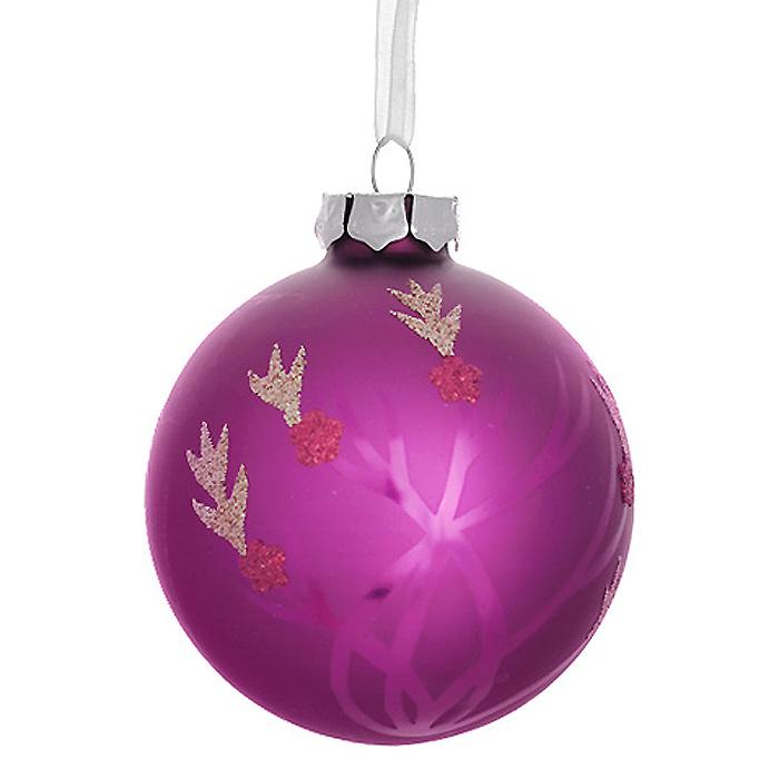 Новогоднее подвесное украшение Шар, цвет: малиновый. 3053625360Новогоднее подвесное украшение «Шар» выполнено из стекла с покрытием малинового цвета и декорировано блестками. С помощью специальной ленты украшение можно повесить в любом понравившемся вам месте. Но, конечно, удачнее всего такой шар будет смотреться на праздничной елке. Елочная игрушка - символ Нового года. Она несет в себе волшебство и красоту праздника. Создайте в своем доме атмосферу веселья и радости, украшая новогоднюю елку нарядными игрушками, которые будут из года в год накапливать теплоту воспоминаний. Коллекция декоративных украшений из серии Magic Time принесет в ваш дом ни с чем несравнимое ощущение волшебства! Характеристики:Материал: стекло, металл, текстиль. Цвет: малиновый. Диаметр игрушки: 8 см. Размер упаковки: 9,5 см х 9,5 см х 9 см. Артикул: 30536.