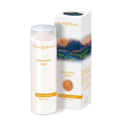 Frais Monde Пена для ванны и гель для душа Черный мандарин, 200 млFS-00897Нежная и мягкая пена Frais Monde Белый мускус и грейпфрут для расслабляющей ванны, обволакивает кожу и оставляет приятный аромат. Благодаря особой мягкой формуле пену для ванны можно использовать в качестве геля для душа. Не содержит лауретсульфат натрия, не нарушает естественный PН баланс кожи, обогащена эфирными маслами. После принятия ванны кожа становится бархатной и увлажненной. Характеристики:Объем: 200 мл. Артикул:FMFBD17. Производитель: Италия. Товар сертифицирован.