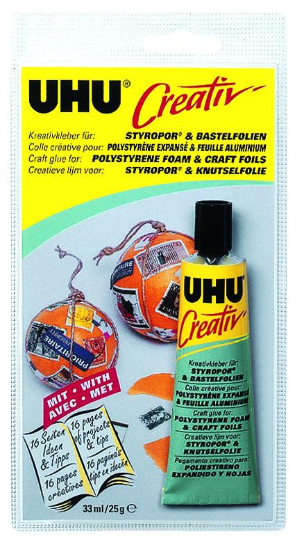 Клей UHU Creativ для пенополистирола и фольги, 33 мл531-402Клей UHU Creativ - клей на основе искусственного каучука, идеален для склеивания стиропора, металлической (алюминиевой) фольги, целлофана, полиэстеровой или ПВХ-фольги между собой и в сочетании с другими материалами.Не агрессивен по отношению к разным сортам пенопласта, прозрачен, практически без запаха, нейтрален, устойчив к воздействию воды. Не разъедает поверхность чувствительных материалов, защищая цветное покрытие алюминиевой фольги. Остатки клея можно удалить с помощью лёгкого бензина.Инструкция по применениюСклеиваемые поверхности должны быть чистыми, сухими и обезжиренными. Нанесите Клей на обе поверхности и оставьте подсохнуть его до тех пор, пока он не прекратит прилипать к пальцам (это займёт от 5 до 20 минут в зависимости от материала). После этого просто прижмите склеиваемые поверхности друг к другу. Характеристики:Объем: 33 мл. Размер упаковки: 19 см х 9,5 см х 3 см.